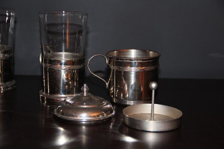 Verres à café thé ou infusion avec filtre en étal argenté