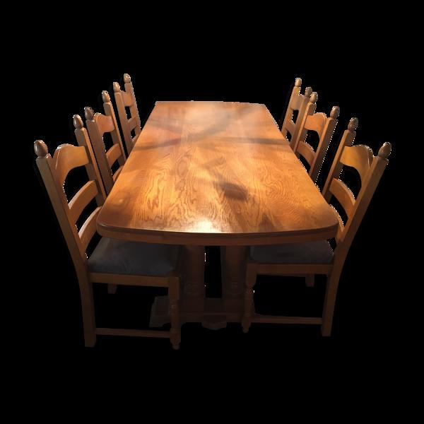 Table et ses 6 chaises en chêne massif