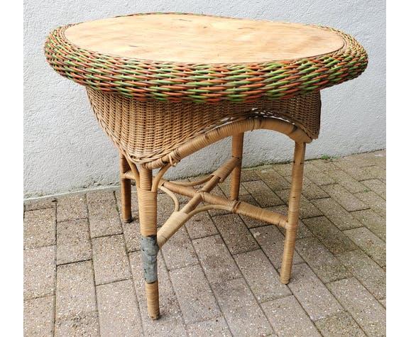 Table en rotin coloniale