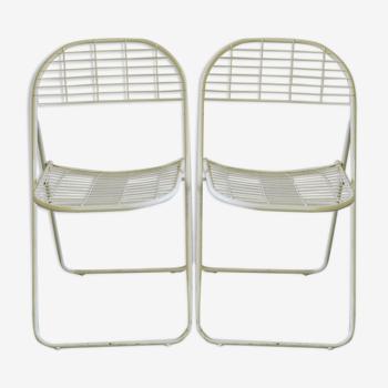 Paire de chaises pliantes métalliques