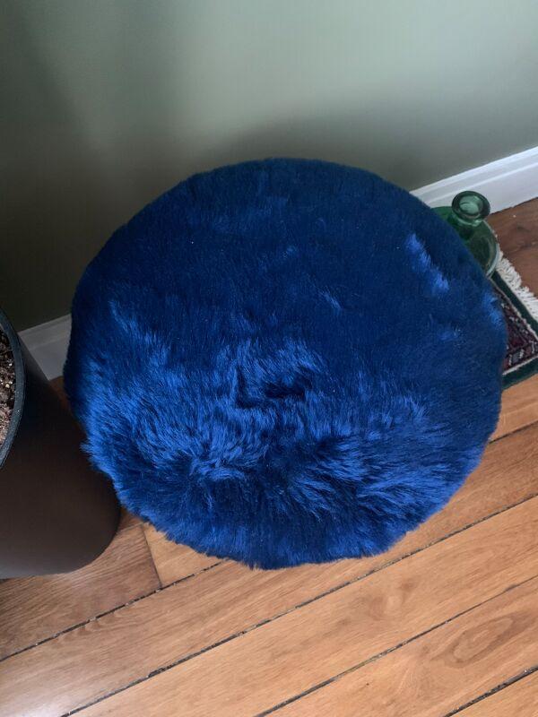 Tabouret moumoute bleu
