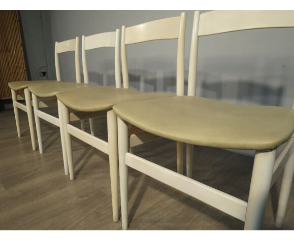 Lot de 4 chaises scandinaves blanches