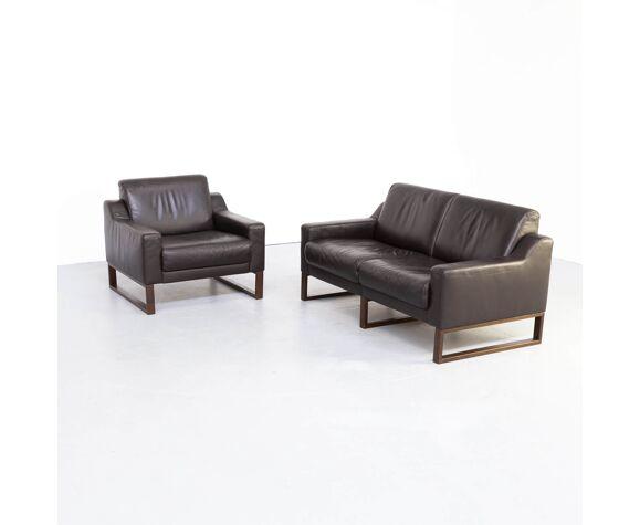 Canapé deux places et fauteuil en cuir brun 1990