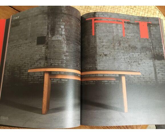 Table de Pierre Chapo modele T 14 D en orme massif 1970