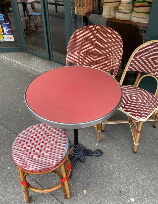 Table bistro vintage, pied acier