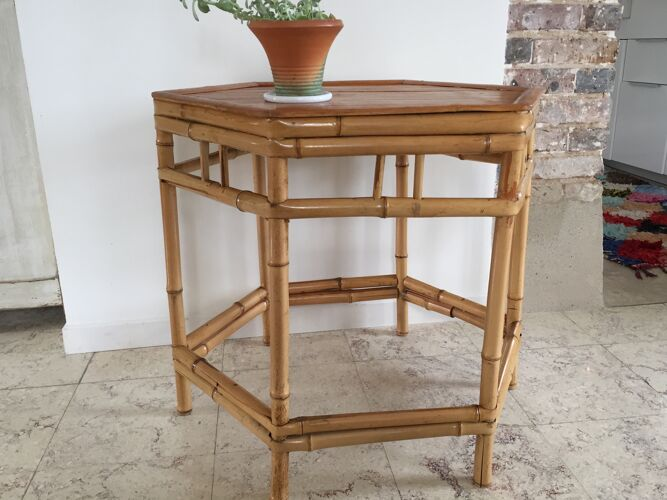 Table hexagonale en bambou vintage