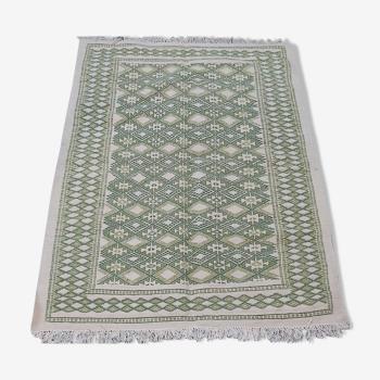 Tapis vert et blanc fait main traditionnel 126x182cm