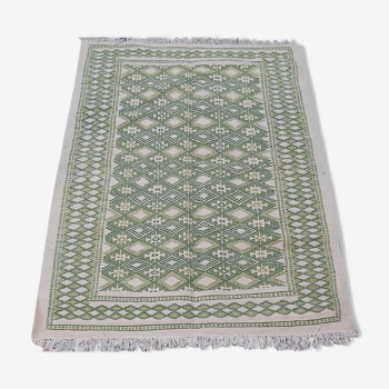 Traditional handmade green and white carpet 126x182cm