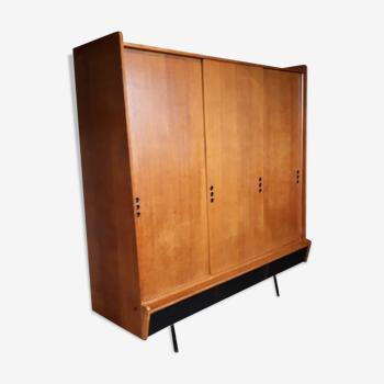 Armoire moderniste 3 portes coulissantes