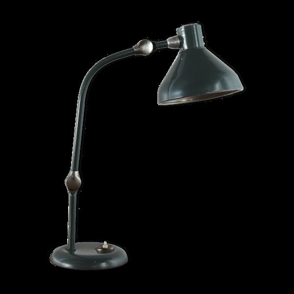 Lampe de bureau produite par Aluminor France distribuée par C.N.M.B.