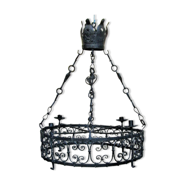 Lustre de chateau en fer forgé style haute époque