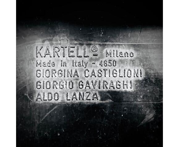 Chaise Kartell Milano 60 de G. Castiglioni G. Gaviraghi et A. Lanza