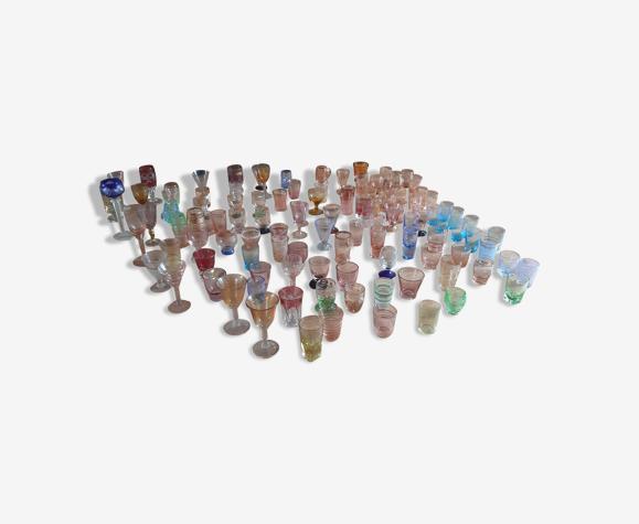 111 Verres de Couleurs de Collection