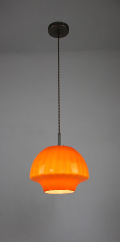 Suspension en verre orange du milieu du siècle