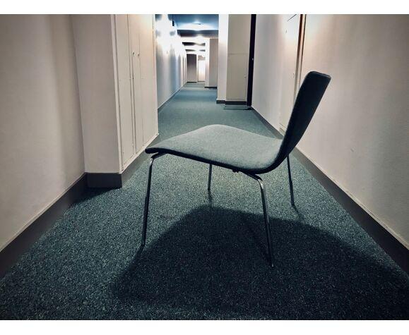 Chaise monocoque année 70