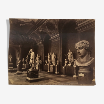 Photo 1900 of the Louvre Museum