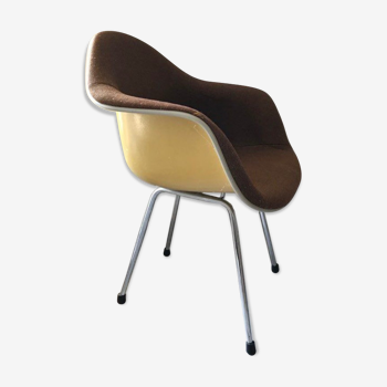 Dax chair by Charles & Ray Eames, herman miller