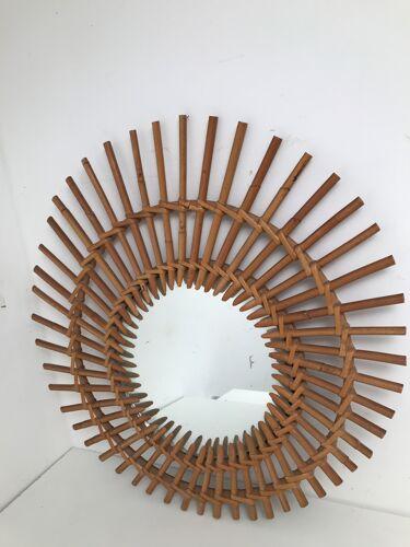 Miroir en forme de soleil en rotin bambou années 50-60