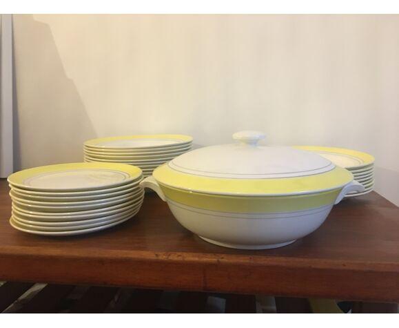 Service Gien création Primefleur modèle Françoise années 60 Bords jaunes, deux lisserets gris