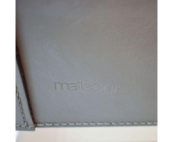 Fauteuil par Matteo Grassi cuir gris