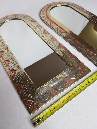 Ensemble de deux miroirs marocains en laiton en forme d'arches