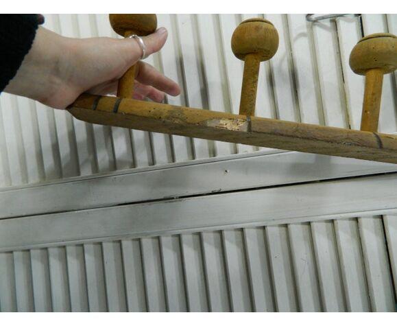 Porte manteaux à 5 crochets en bois