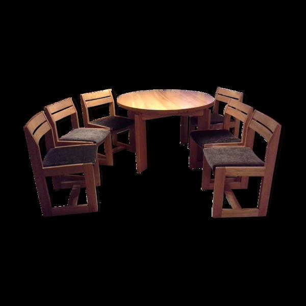 Table ronde et 6 chaises de marque Regain