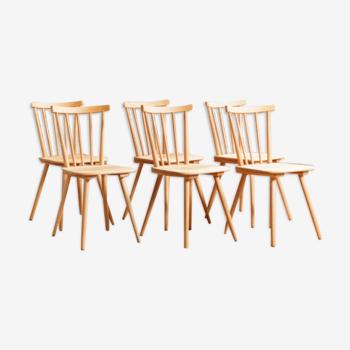 Lot de 6 chaises à barreaux en hêtre massif entièrement rénovées circa 1960
