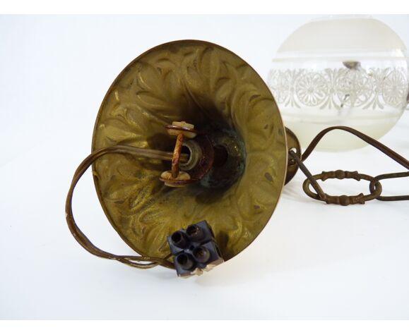 Suspension en laiton et globe en verre gravé, années 50