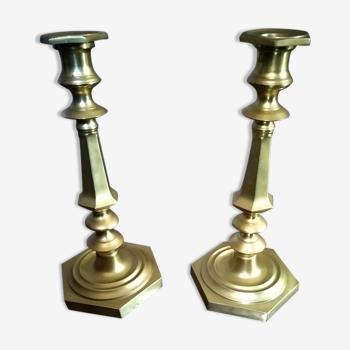 Lots de deux chandeliers