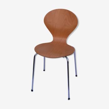 Chaise coque bois courbé