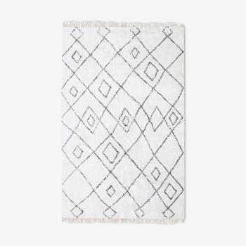 Berber carpet 160x230 cm