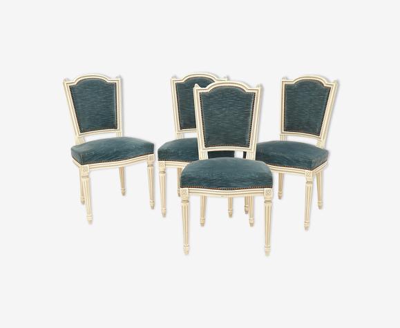 Série de 4 chaises de style Louis XVI