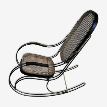 Rocking-chair vintage laiton et cannage