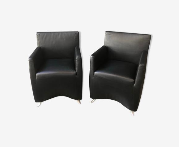 "Paire de petits fauteuils en cuir noir ""Capri"" de Baleri Italia"