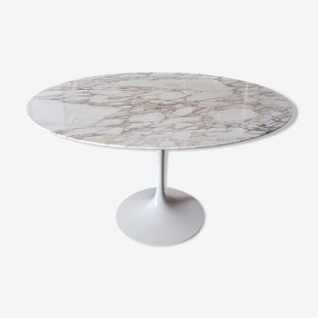 Table tulipe de Eero Saarinen