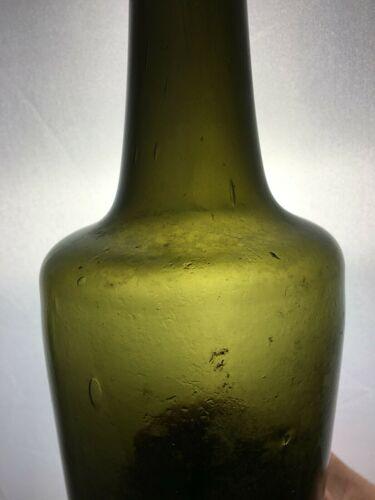 Bouteille en verre avec bulles XVIII