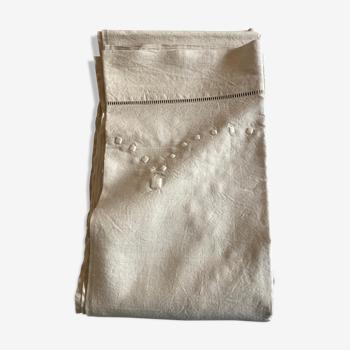 Drap de réserve en toile de lin brodé de pois sans monogramme 1950