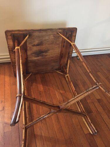 Table haute en rotin et osier