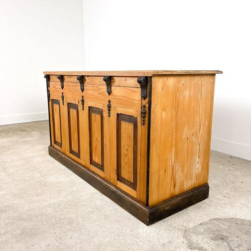 Comptoir de magasin en bois de pin