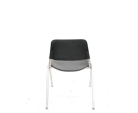 Chaise modèle 1601 design Don Albinson édité par knoll