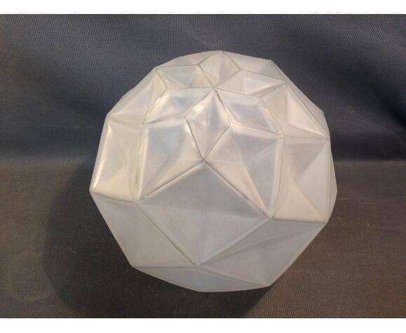 Suspension boule Art Déco en verre pressé dépoli diamètre 28cm