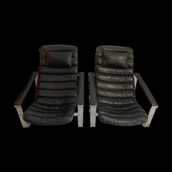 Paire de fauteuils «Pulkka» par Ilmari Lappalainen