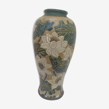 Vase en ceramique