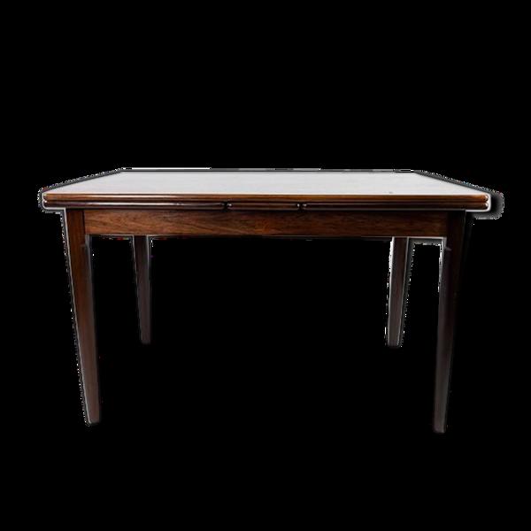 Table à manger en palissandre avec extensions, de design danois des années 1960.