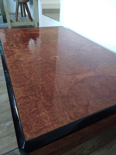 Table basse en loupe de thuya