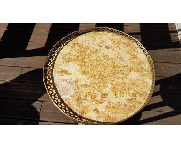 Table bouillotte en marqueterie marbre et laiton, style louis xvi à restaurer