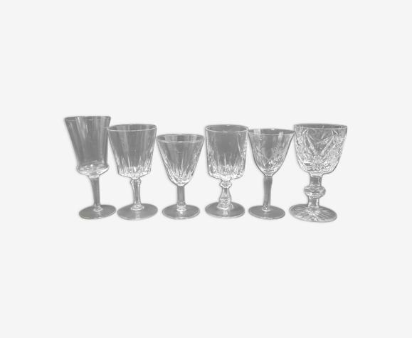 Set de 6 anciens verres à pied dépareillés