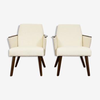 Paire de fauteuils du milieu du siècle