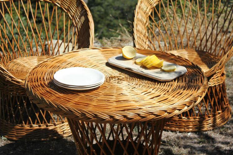 Fauteuils et table en rotin osier vintage